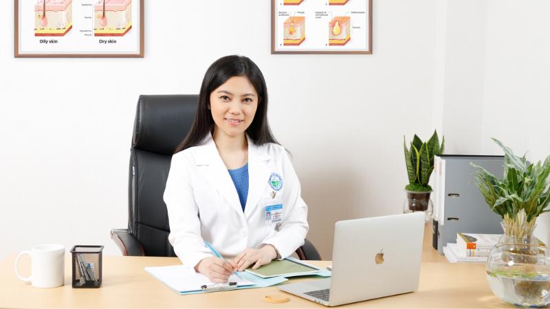 Thạc sĩ-Bác sĩ Trần Nguyên Ánh Tú – Phó Trưởng Khoa Thẩm Mỹ Da, Bệnh viện Da Liễu TP. HCM.